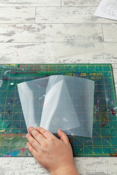 How to paint a painted skirt. Feather Print Skirt - Step 2