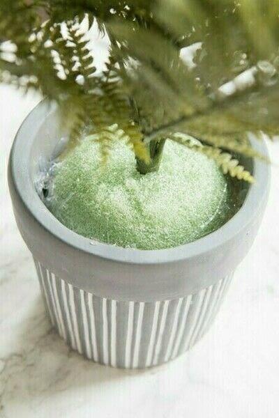 How to plant a plant / a flower / a tree. Diy Faux Fern Arrangement - Step 10