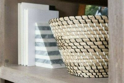 How to make a bookcase / cubby. How To Style Bookshelves - Step 6