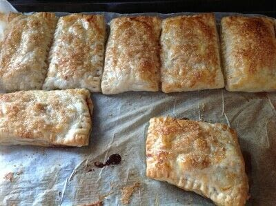 How to cook a baked treat. Sweet Apple Pockets - Step 5
