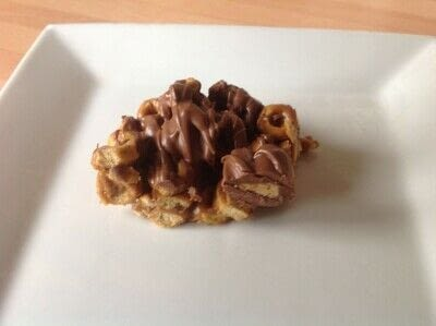 How to bake a bar / slice. Snickers Cereal Bars - Step 6