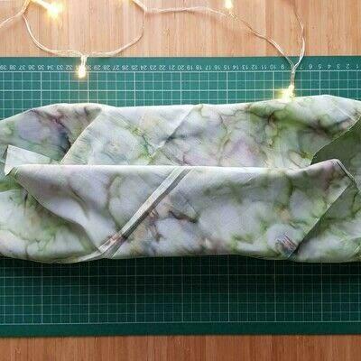 How to make a storage unit. Fat Quarter Gift Wrap - Step 2