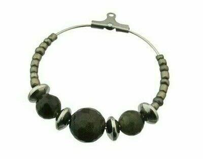 How to make a hoop earring. Pyrite & Black Obsidian Hoop Earrings - Step 2