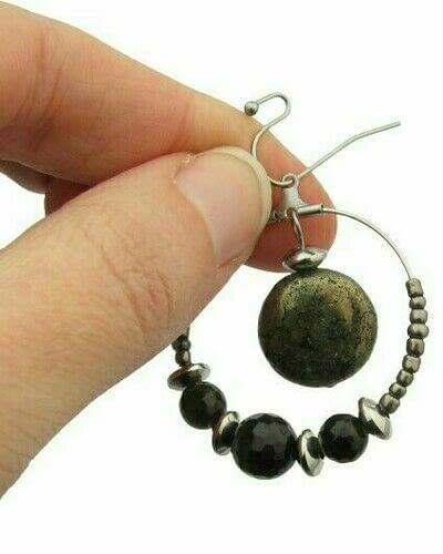How to make a hoop earring. Pyrite & Black Obsidian Hoop Earrings - Step 8