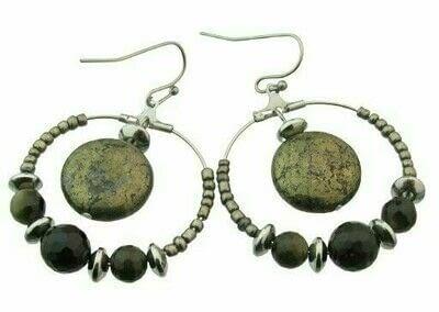 How to make a hoop earring. Pyrite & Black Obsidian Hoop Earrings - Step 10