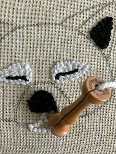 How to make a piece of textile art. Punch Needle Red Panda - Step 5
