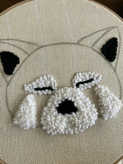 How to make a piece of textile art. Punch Needle Red Panda - Step 7