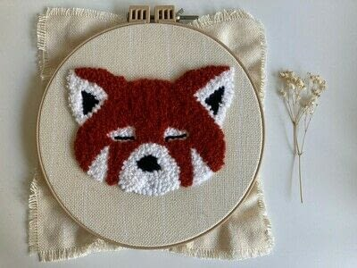 How to make a piece of textile art. Punch Needle Red Panda - Step 10