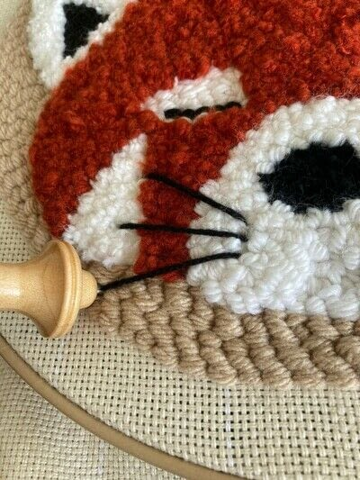 How to make a piece of textile art. Punch Needle Red Panda - Step 12