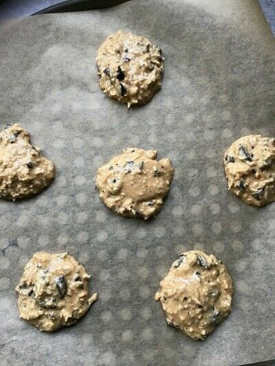 How to bake a cookie. No Bake Peanut Butter Cookies.  - Step 3