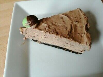 How to bake a cheesecake. Chocolate & Mint Cheesecake  - Step 7