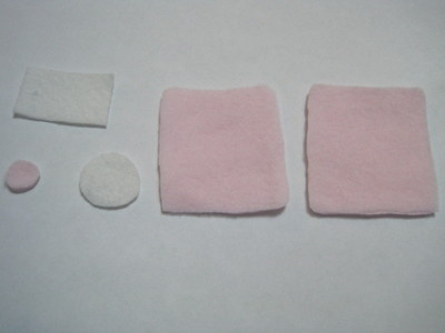 How to make a gadget plushie. Sweet Ipod Plushies - Step 1