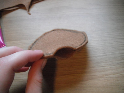 How to make a cookie plushie. Cookie Plushie - Step 4