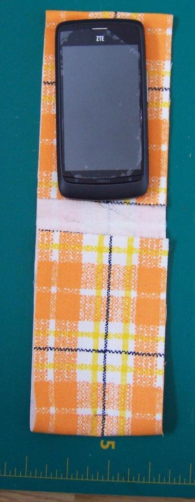 How to make a phone case. Orange Phone Cozy - Step 2