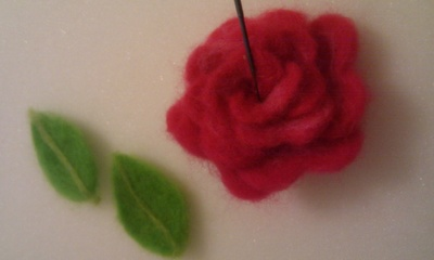 How to make an object plushie. Needle Felted Rose - Step 10