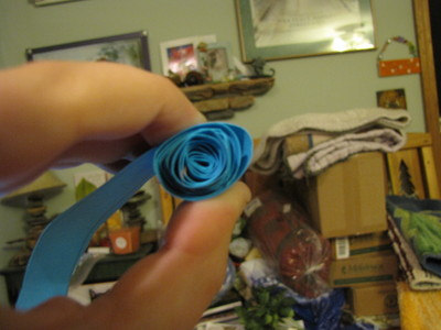 How to make a paper flower. Paper Rose Bouquet - Step 5
