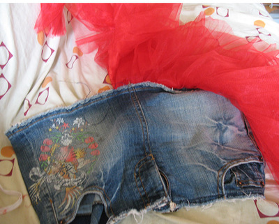 How to sew a denim skirt. Denim Mini Skirt With Tulle - Step 1