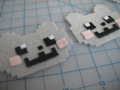 How to make a fabric animal charm. Nyan Cat Phone Charm  - Step 4