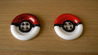 How to make a button ring. Pokébutton Ring - Step 6
