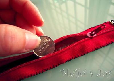 How to make a zipper bracelet. Functional Zip Cuff - Step 7
