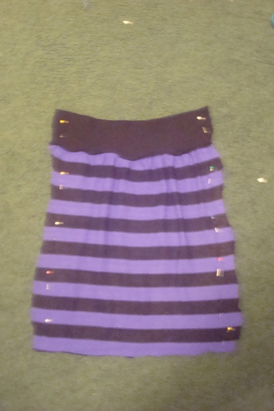 How to recycle a sweater into a skirt. Sweater To Skirt - Step 3