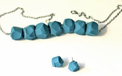 How to sculpt a clay bead necklace. Diy Turquoise Clay Necklace - Step 6