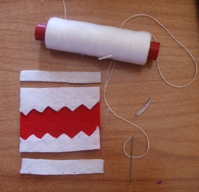 How to sew a fabric character pouch. Domo Kun Pouch - Step 4