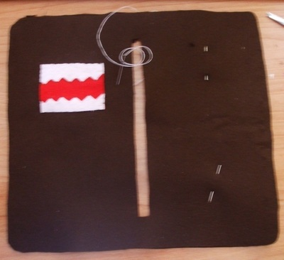 How to sew a fabric character pouch. Domo Kun Pouch - Step 5
