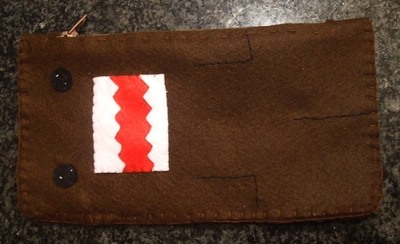 How to sew a fabric character pouch. Domo Kun Pouch - Step 11
