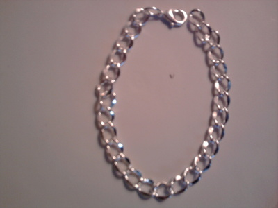 How to make a ribbon chain bracelet. Bracelet With Ribbon Bow - Step 1