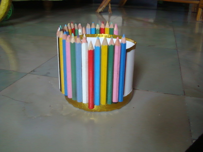 How to recycle a pencil box. Pen Holder - Step 2