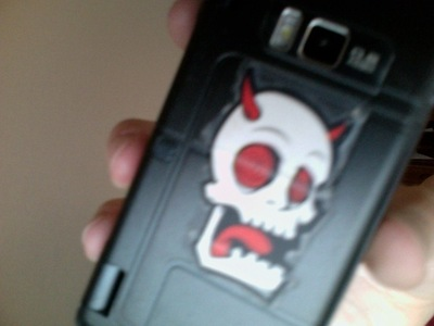 How to make a phone case. Easy Cellphone Decal ;) - Step 4