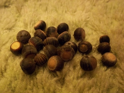 How to make a bauble. Acorn Ornament - Step 2