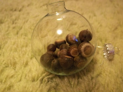 How to make a bauble. Acorn Ornament - Step 3