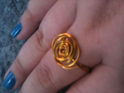 How to make a ring. Golden Rose Wire Ring. - Step 9