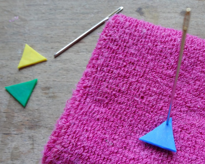 How to make a beaded pendant. Bunting Necklace (Fused Perler Beads) - Step 7