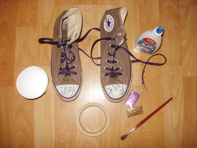 How to decorate a pair of glitter shoes. Glittery Sneakers - Step 1