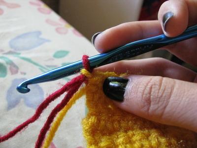How to knit or crochet a stripy scarf. Gryffindor Scarf - Step 4