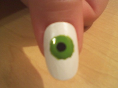 How to paint a themed nail manicure. Eyeball Nail Art - Step 3