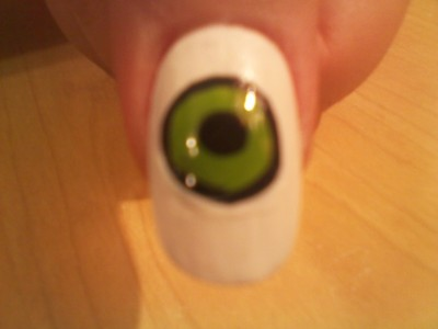 How to paint a themed nail manicure. Eyeball Nail Art - Step 5