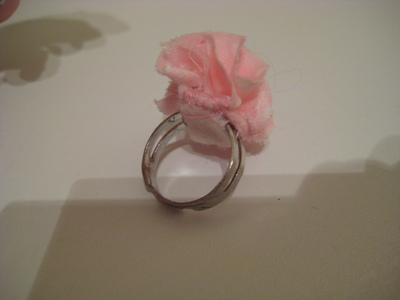 How to make a fabric ring. Fabric Flower Ring - Step 6