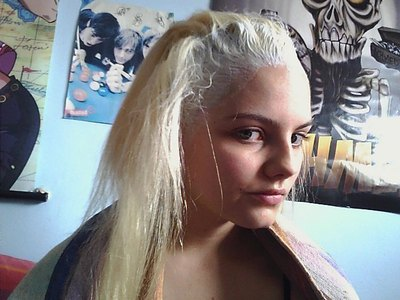 How to make a coloring & dying. Make Your Hair Platinum Blonde / White! - Step 5