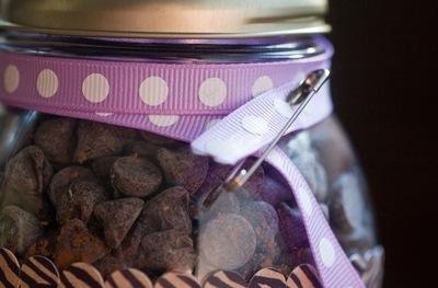How to bake a cookie. Punk Rock Cookie Jar - Step 9
