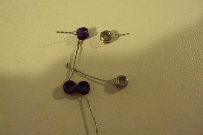 How to make a wire ring. Sparkling Rings From Ball End Strings. - Step 2