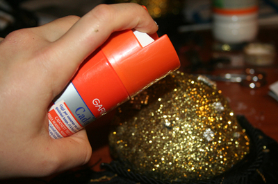 How to make a shoulder pad. Sequined Shoulder Pads/Epaulettes From An Old Bra - Step 12