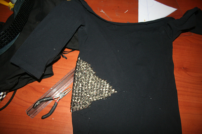 How to make an embellished top. Studded T Shirt From A Studded Belt - Step 7