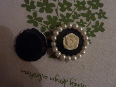 How to make a bottle cap pendant. Vintage Look Bottle Top Locket - Step 17