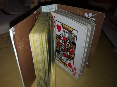 How to make a playing card notebook. Mini Playing Cards Book - Step 11