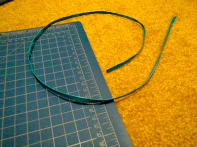 How to make a shoe lace. Duct Tape Shoelaces - Step 6