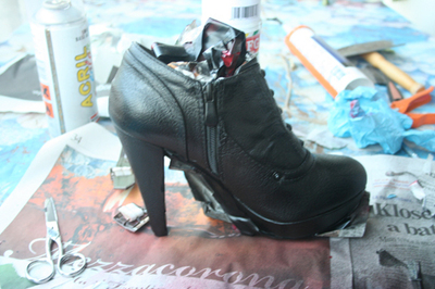 How to make a pair of embellished shoes. Louboutin Shoes/Boots Bluefly - Step 4